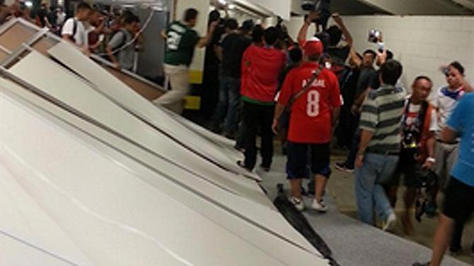 World Cup - Chile FA to punish fans who stormed media centre