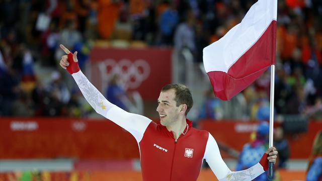 Speed Skating - Poland's Brodka takes 1,500 gold by hair's breadth