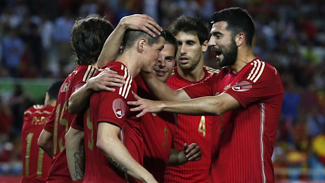 International friendlies - New York City bound David Villa guides Spain to victory over El Salvador