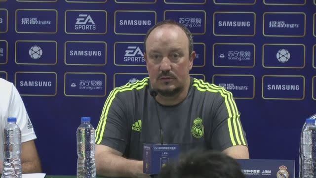 Benitez refuses to be drawn into transfer speculation
