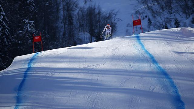 Alpine Skiing - Women's downhill training halted over safety fears