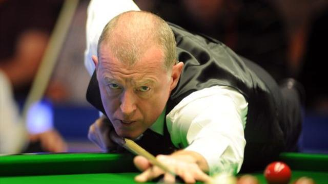 Snooker - More legends tumble out of International Championship