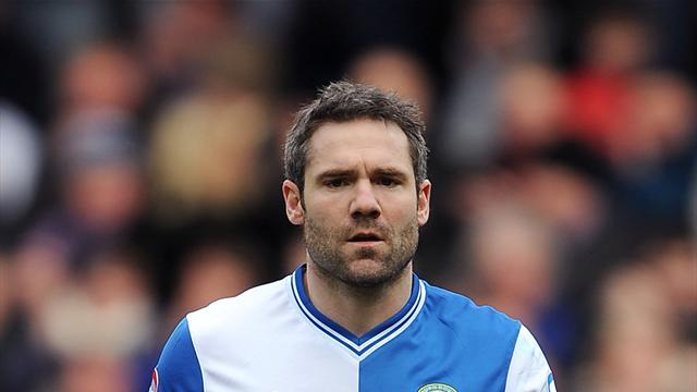 Championship - Dunn signs Blackburn contract