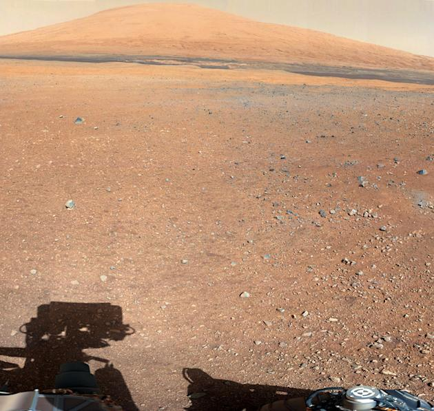 NASA's Curiosity sends high-resolution, colour portraits from Mars