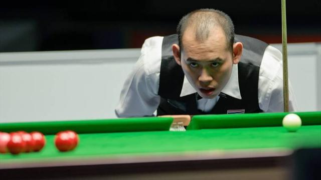 Snooker - Poomjaeng upsets Maguire in Crucible thriller