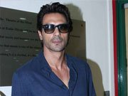 Arjun Rampal goes gaga over his all-men saga D-DAY!