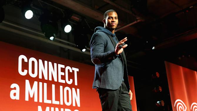 "Time Warner Cable Studios, Victor Cruz and Anne Burrell Host ""Connect A Million Minds"" Family Day"