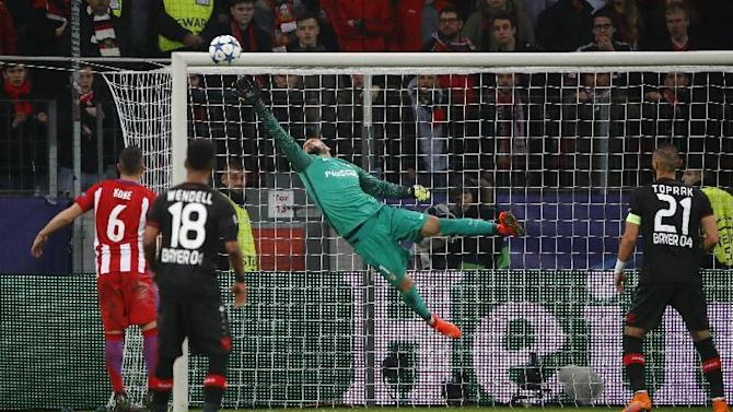 Atletico Madrid's Miguel Angel Moya makes a save