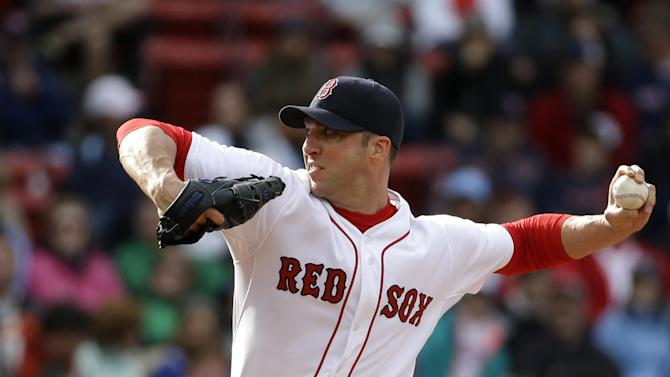 Chris Capuano moves into Yankees rotation Saturday