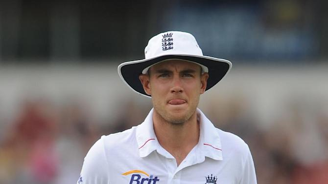 Stuart Broad missed training but is expected to be recover for the second Test against India