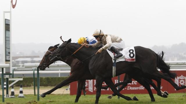 Horse Racing - Très Blue wins in Deauville