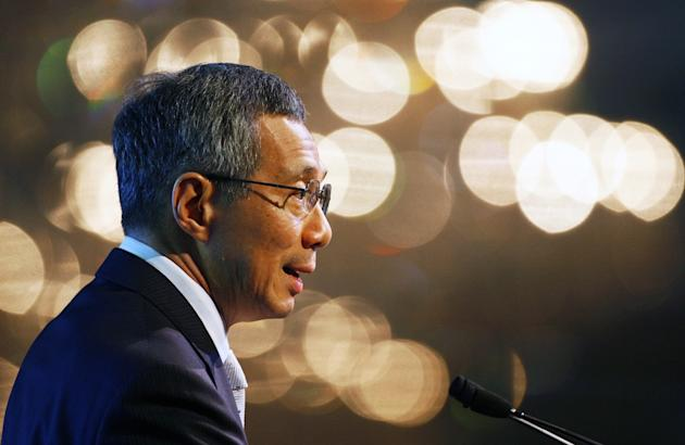 Singapore: Blogger Raises Funding to Fight PM Lee Hsien Loong's Lawsuit