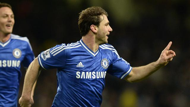 Premier League - Superb Chelsea stun Manchester City