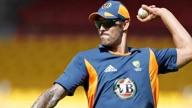 Cricket - Aussies play four pacemen