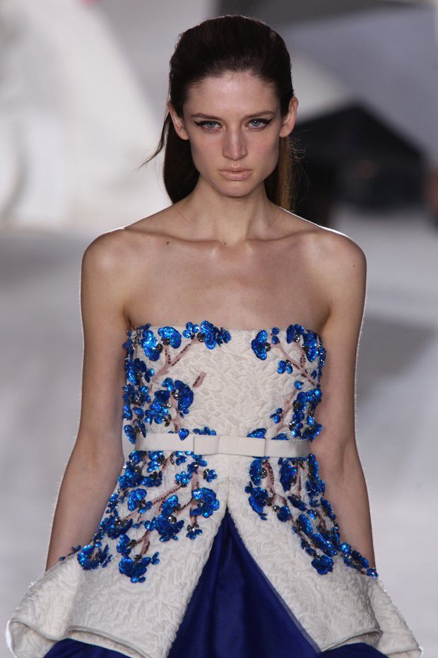 Beauty-trends-2014-eyeliner-Giambattista-Valli-2