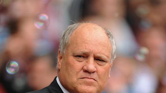 Fulham manager Martin Jol his hit out at his team's defeat to West Ham