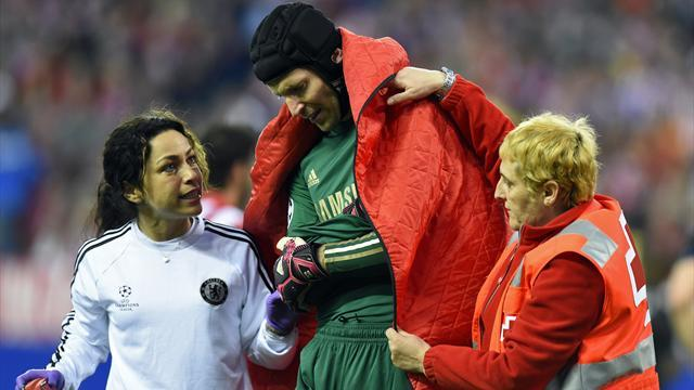 Premier League - Cech undergoes successful surgery
