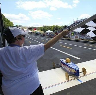Ohio girl overcomes crash to win at Soap Box Derby The Associated Press