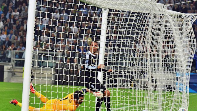 The Latest: Juventus beats Real Madrid 2-1 in semifinal