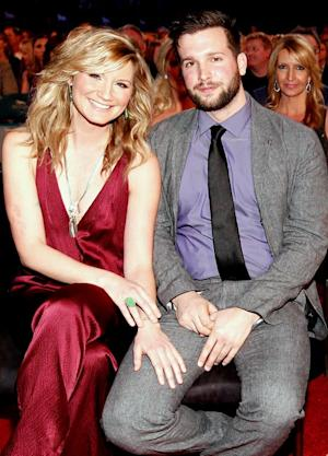 Sugarland's Jennifer Nettles Pregnant With First Child