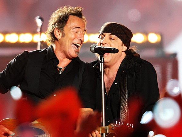 Bruce-Springsteen---The-E-Street-Band-XLIII