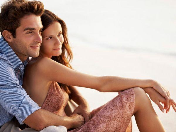 Top 15 Flirting Moves That Drive Men Crazy