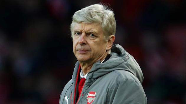 Arsene Wenger should walk away from Arsenal at the end of the season, according to former striker Alan Smith.