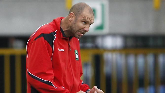 Championship - Peeters appointed Charlton manager