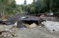A destroyed house lies on the banks of the James Creek in Jamestown, Colorado, after a flash flood destroyed much of the town, September 14, 2013. REUTERS/Rick Wilking
