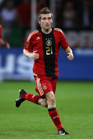 Claudio Pizarro recommended Chelsea to his Werder Bremen team-mate Marko Marin (pictured)