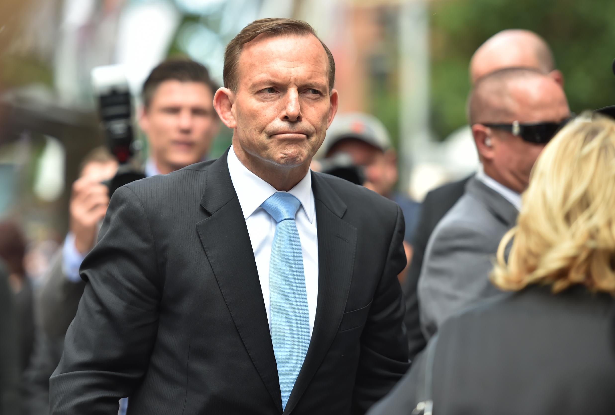 Australian PM takes royal knighthood storm 'on the chin'