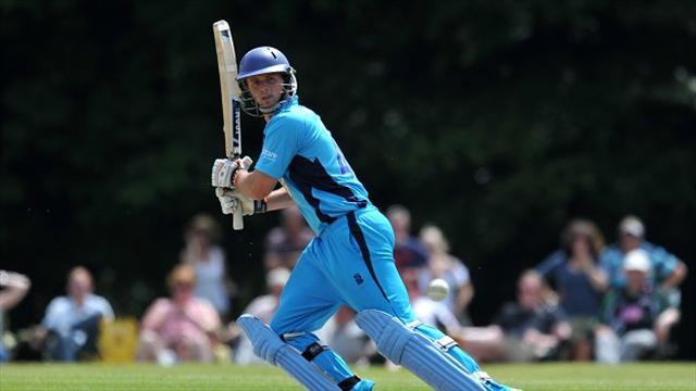 County - Russell inspires Worcestershire win