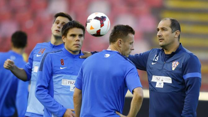 Croatia's head coach Stimac, Olic, Vukojevic and Kalinic attend a training session in Belgrade