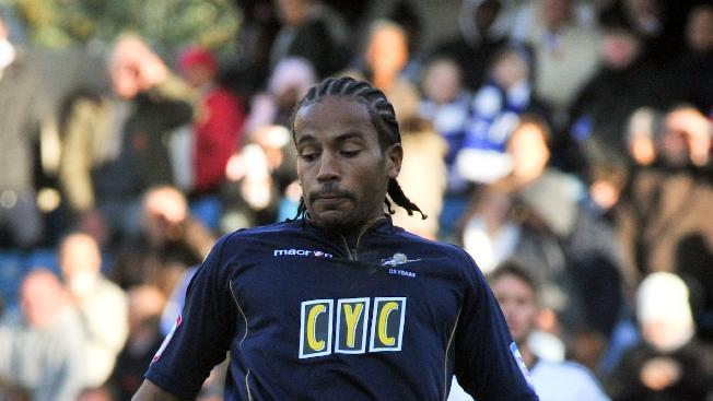 Millwall midfielder Tamika Mkandawire will remain on loan at Southend until New Year's Day