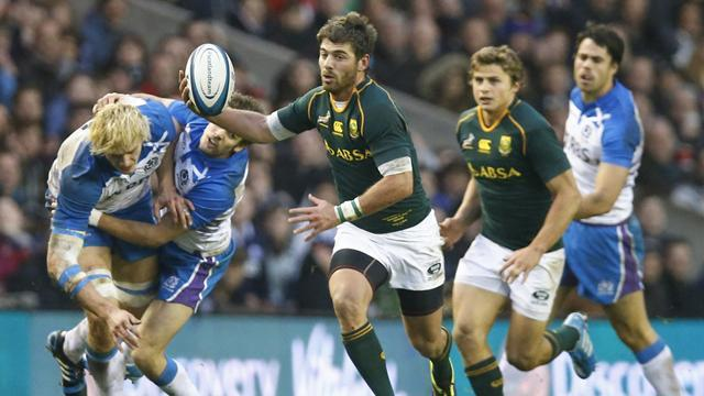 Rugby - Le Roux-inspired South Africa hold Scotland scoreless