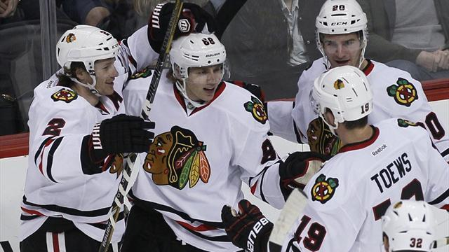 Ice Hockey - Blackhawks gain revenge on Avalanche