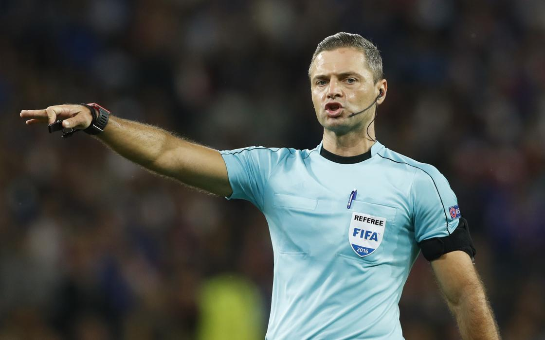 Referee Damir Skomina