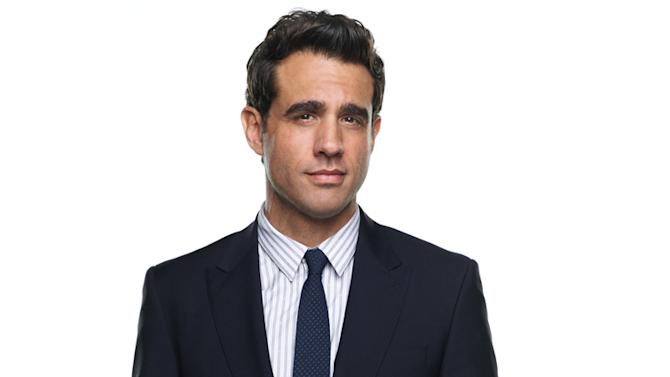 "Bobby Cannavale as Dr. Mike Cruz in ""Nurse Jackie."""