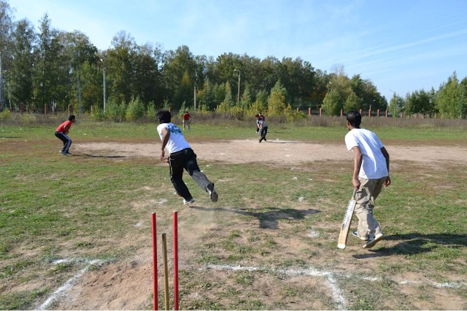 2 - Cricket in  Russia (Kazan) - Vinayak Mehetre - https://www.flickr.com/people/786512/