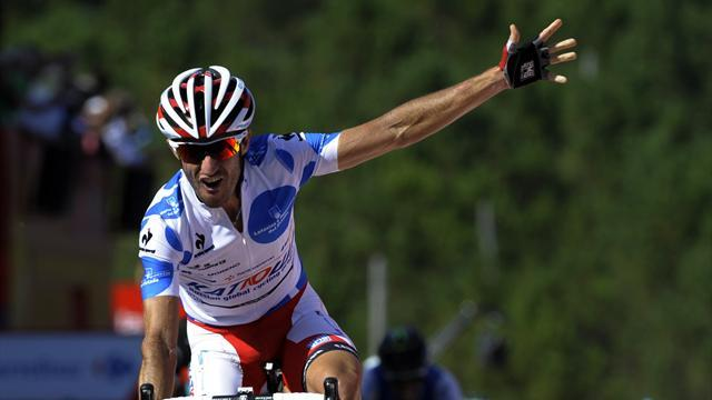 Vuelta a España - Moreno takes red jersey by one second after stage eight win