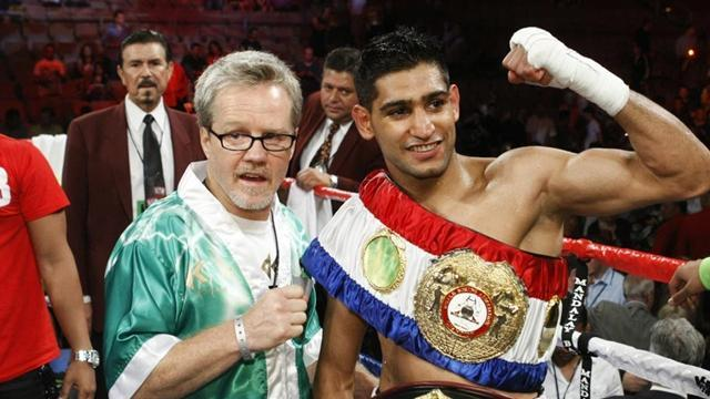 Boxing - Khan backtracks after Roach-Parkinson's comment