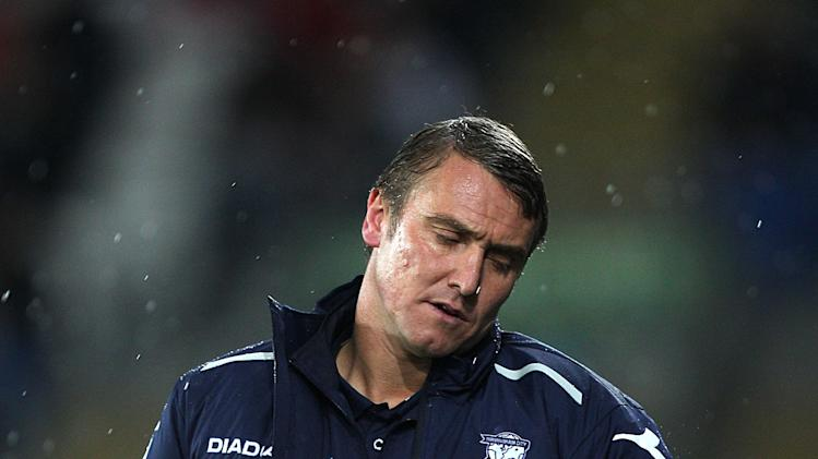 Lee Clark wants Huddersfield to stand up and be counted