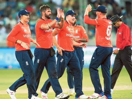 Pakistan play for pride in Sharjah against England