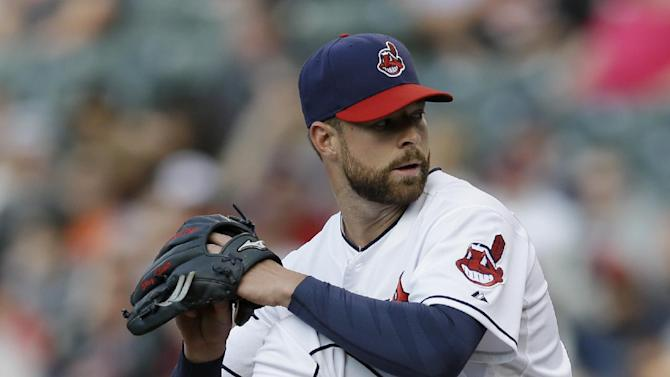 Aviles homers in 11th, Indians beat Orioles 2-1