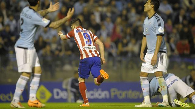 Liga - Villa bags brace to see Atletico level with Madrid on points