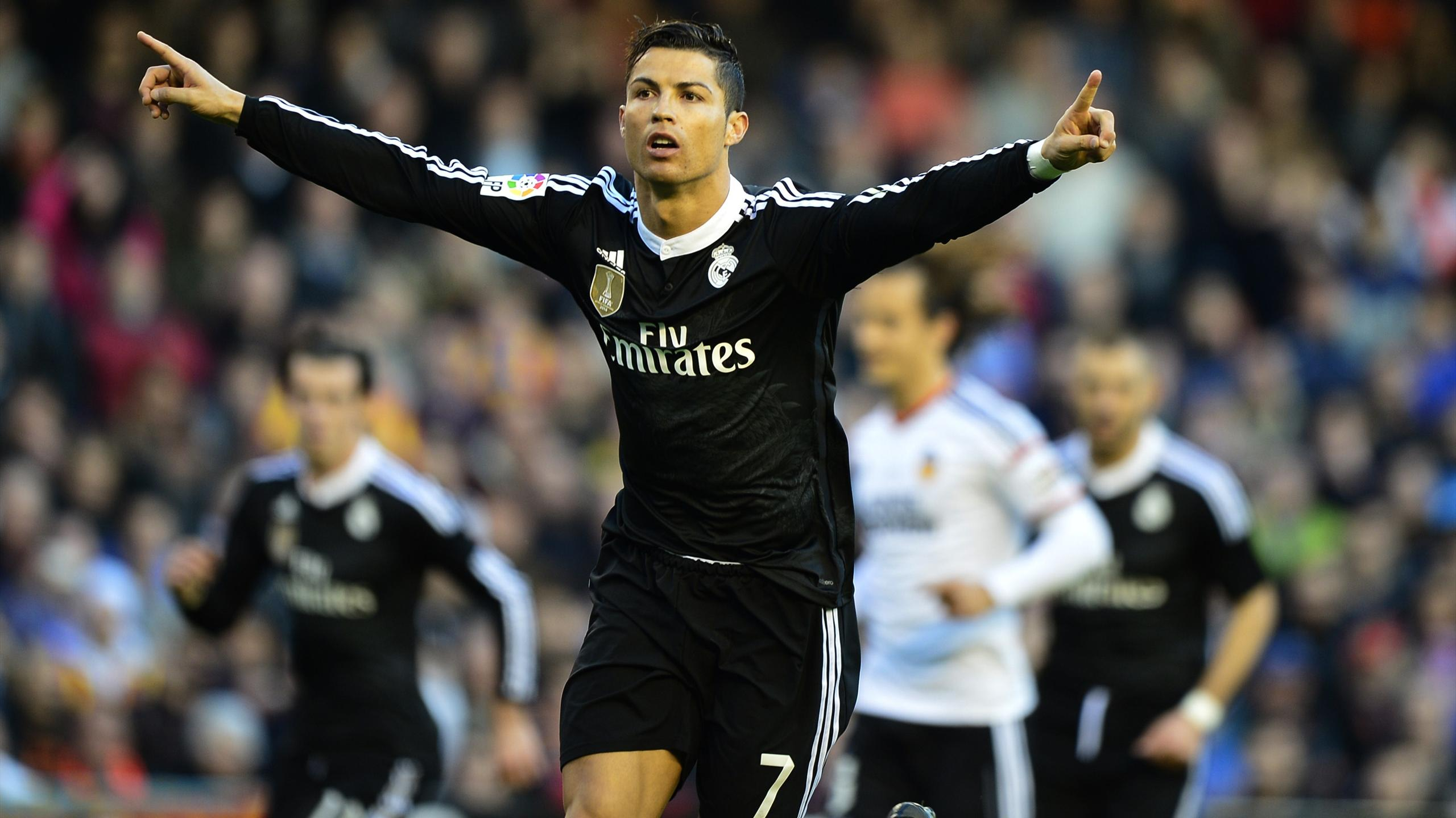 Real Madrid's Portuguese forward Cristiano Ronaldo celebrates his 287th goal in Europe's 'big five' leagues during the Spanish league football match Valencia CF v Real Madrid CF