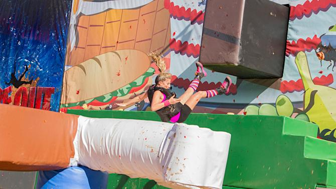 """""""Wipeout"""" - """"Beauty Queens"""""""