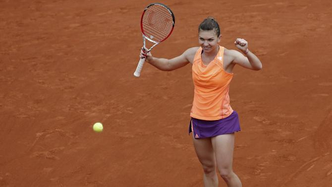 French Open - Halep reaches last eight in Paris and ends US presence