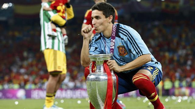 Liga - Transfer round-up: Navas to join City