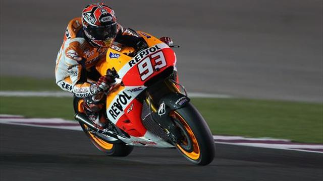 Motorcycling - Marquez pips Rossi to win season opener in Qatar